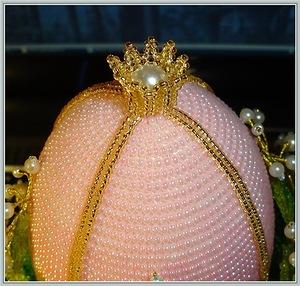 декоративные пасхальные яйца, из чего можно сделать пасхальное яйцо, пасхальные яйца своими руками пошагово, декоративные яйца с лентами, декоративные яйца с докупающем, декоративные яйца из бумаги, декоративные яйца из бисера, декоративные яйца в домашних условиях декоративные яйца идеи фото, пасхальные яйца картинки, пасхальные украшения своими руками пошагово, пасхальные сувениры, пасхальные подарки, своими руками, пасхальный декор, как сделать декор на пасху, пасхальный декор своими руками, красивый пасхальный декор в домашних условиях, Мастер-классы и идеи, Ажурное бумажное яйцо к Пасхе, Декоративные пасхальные яйца в виде фруктов и овощей,, «Драконьи» пасхальные яйца (МК) Идеи оформления пасхальных яиц и композиций, Имитация античного серебра на пасхальных яйцах, Мозаичные яйца, Пасхальный декупаж от польской мастерицы Asket, Пасхальные мини-композиции в яичной скорлупе,, Пасхальные яйца в декоративной бумаге, Пасхальные яйца в технике декупаж, Пасхальные яйца, оплетенные бисером, Пасхальные яйца, оплетенные нитками, Пасхальные яйца с ботаническим декупажем, Пасхальные яйца с марками, Пасхальные яйца с тесемками и ленточками, Пасхальные яйца с юмором, Скрапбукинговые пасхальные яйца, Точечная роспись декоративных пасхальных яиц, Украшение пасхальных яиц гофрированной бумагой, Яйцо пасхальное с ландышами из бисера и бусин, Декоративные пасхальные яйца: идеи оформления и мастер-классы,декор пасхальный, декор яиц, Пасха, подарки пасхальные, рукоделие пасхальное, яйца, яйца пасхальные, яйца пасхальные декоративные, бисер, бисероплетение, из бисера,Яйцо пасхальное с ландышами тз бисера и бусин