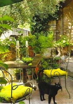 Pretty Backyard Patio..   A1 Pictures