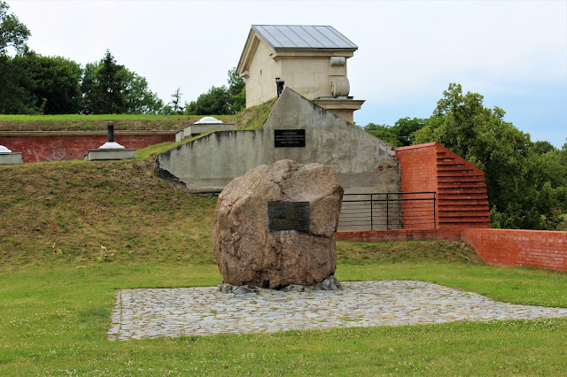 zamosc brama fortyfikacje
