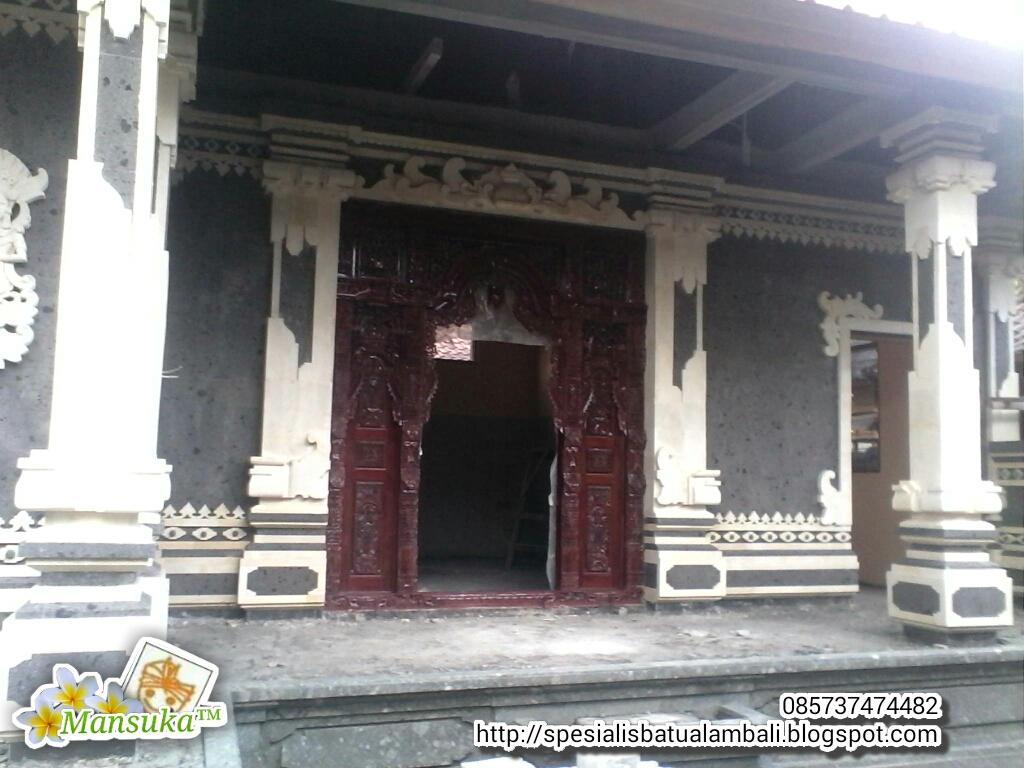 pintu gebyog dengan batu palimanan model style bali