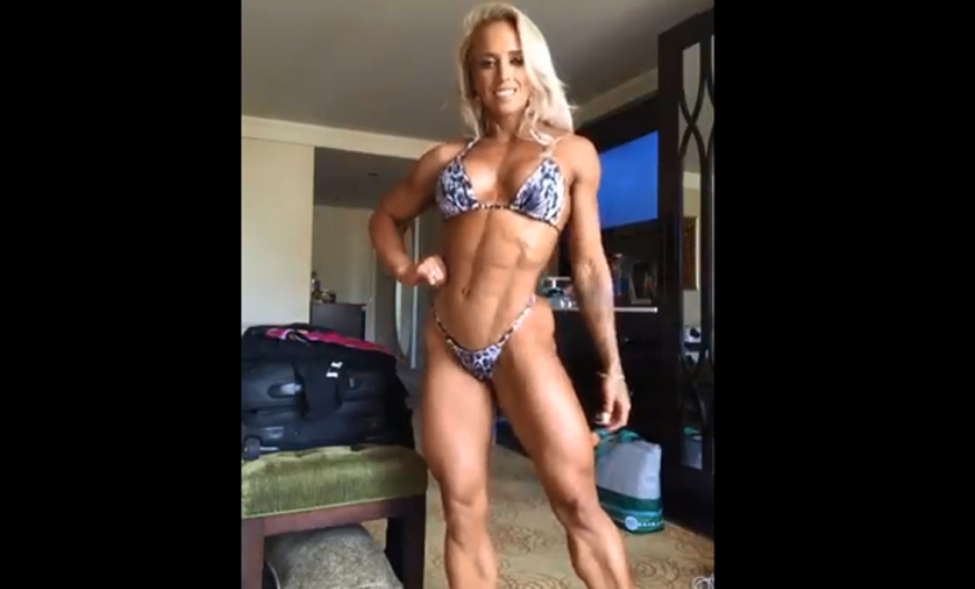 Clip Female bodybuilder, Women's Physique Guest Posing