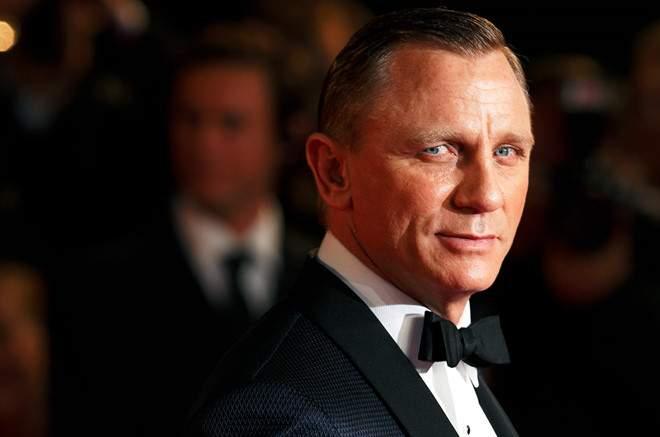 Daniel Craig tiếp tục đảm nhiệm vai điệp viên 007 James Bond - Ảnh 2