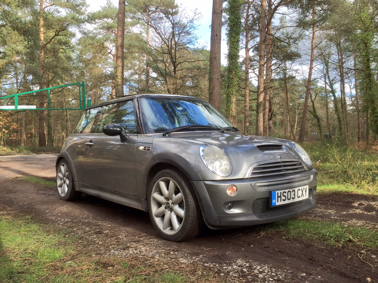 speedmonkey 2003 mini cooper s r53 review and how i came to buy it. Black Bedroom Furniture Sets. Home Design Ideas