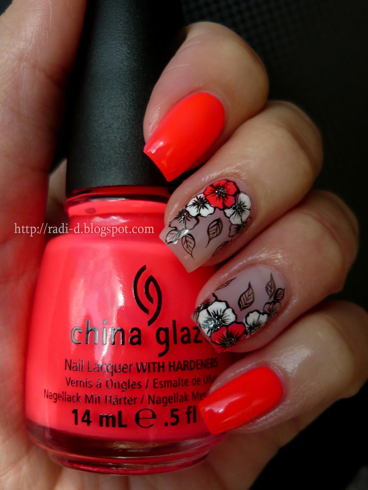 China Glaze Presenta Crakle Glaze: It`s All About Nails: Bright Flowers