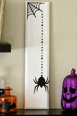 Cabinet Door Spider Craft and 5 Must-Try Crafts for Halloween | #halloween #crafts #diy #holiday