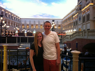 inside the venetian's town square