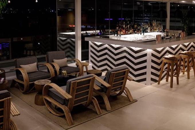 Το e&o Athens στον ογδοο οροφο του Athens Marriott Hotel