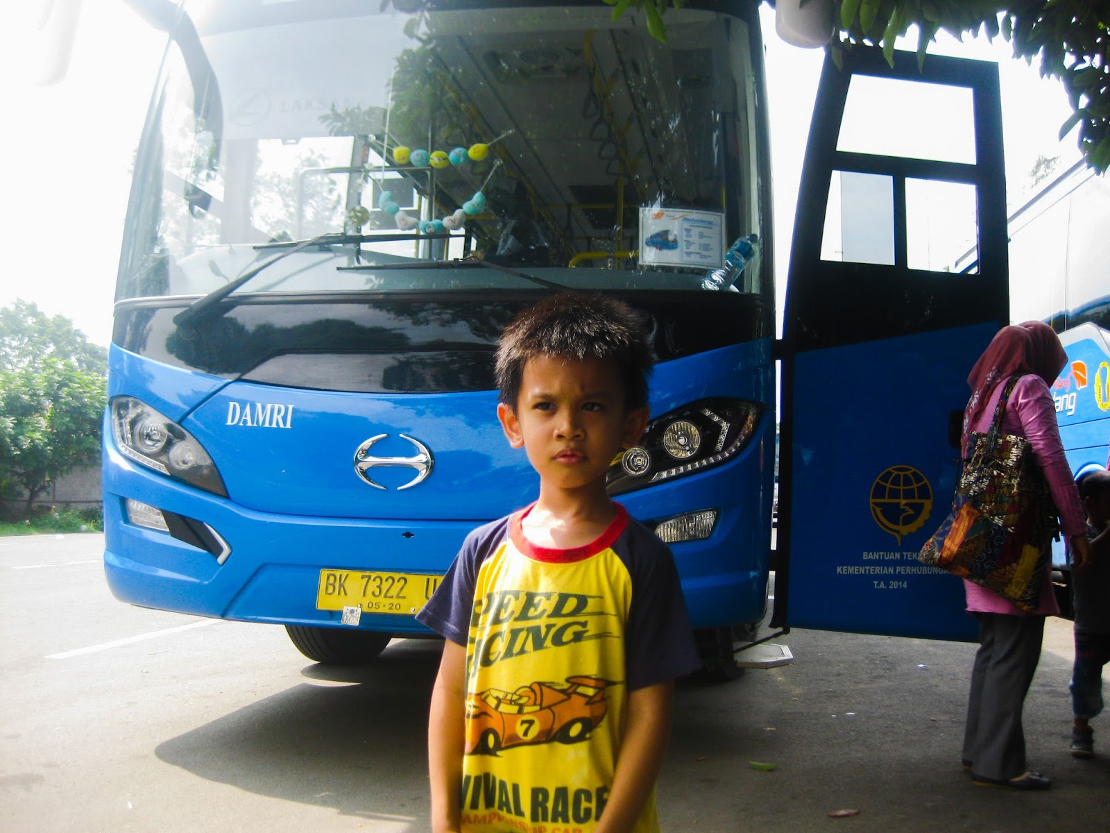 sweet experience to spend the weekend on the Bus Damri