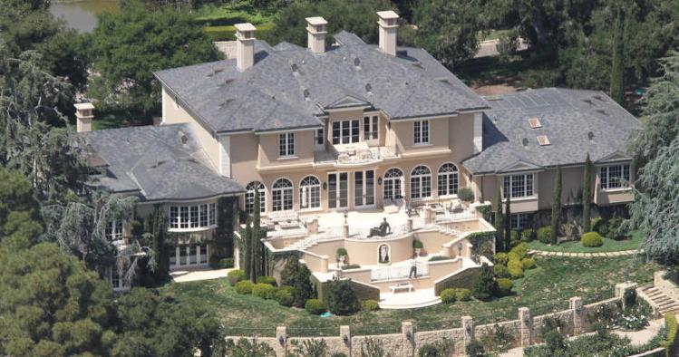 Take A Peek Inside Oprah Winfrey S Multi Million Dollar