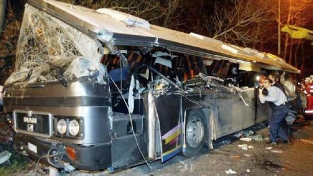 Αποτέλεσμα εικόνας για Δεκαέξι χρόνια από το δυστύχημα στα Τέμπη που συγκλόνισε την Ελλάδα – 21 μαθητές είχαν χάσει τη ζωή τους