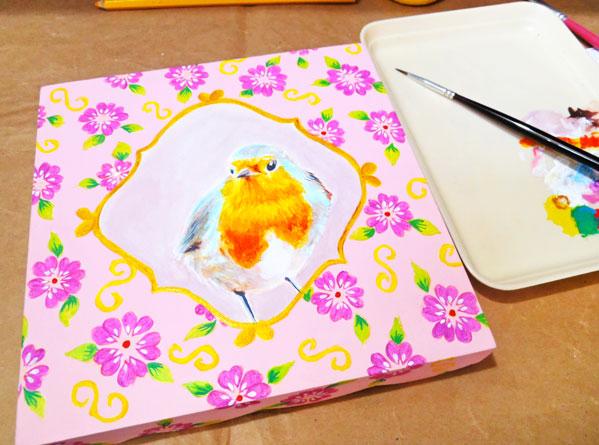ave pintada con acrilicos