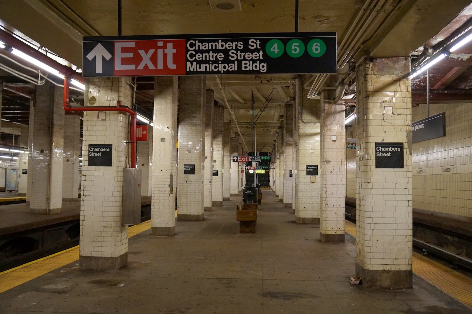 subway, mta, chamber street, underground, metro, NYC, New York, 10 free things to do, free things to do in NYC, travel, New York, explore, adventures, photography, usa, tourism, tourists,