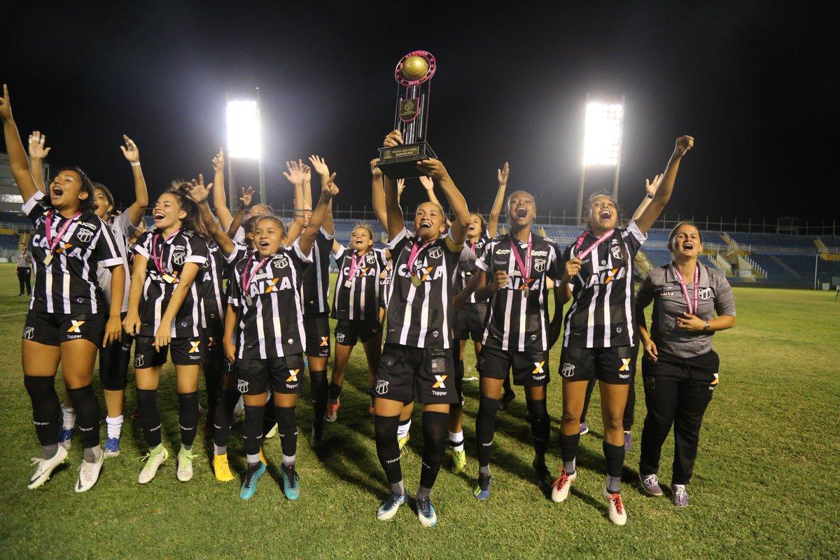 d3be7da50c Ceará é campeão arrastão Feminino do Cearensão 2018