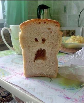 Witzige Lebensmittel Spaß Bilder - weinendes Brot Zuhause lustig