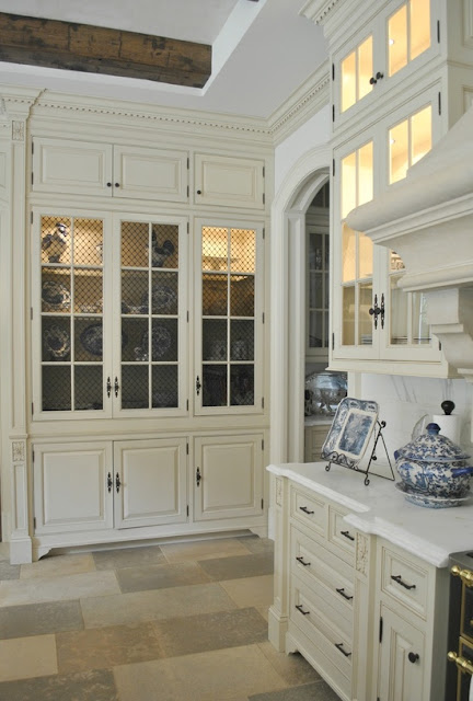 Bloggers beautiful abodes.....Tina from The Enchanted Home ...