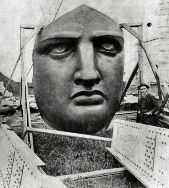 Cara desmontada de la Estatua de la Libertad