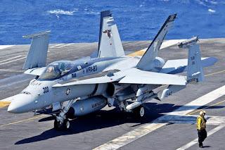Jet Tempur F/A-18 Hornet