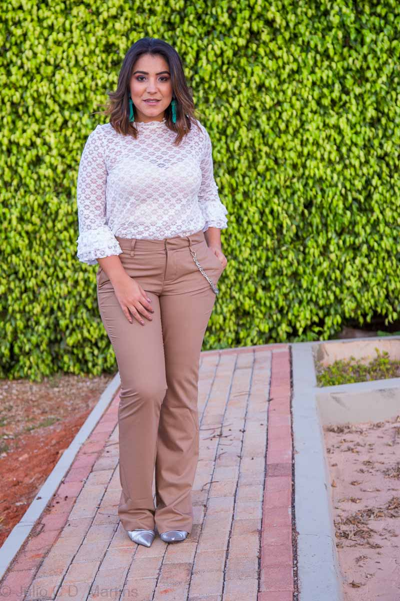 Look do dia: blusa de renda e calça social e autocoaching
