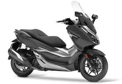 Honda Forza 300 2018 atau Forza 250 abu-abu doff