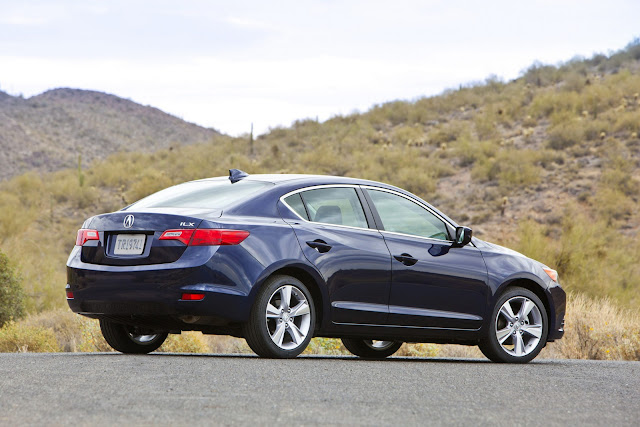 2013 acura ilx and 2012 honda cr v recalled because doors may open unexpectedly newsautomagz. Black Bedroom Furniture Sets. Home Design Ideas