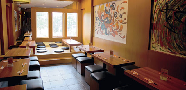 Naniura Sushi Bar and Resto