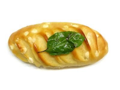 ホワイトチョコとバジルのヴィエノワ(Viennoise au chocolat blanc et basilic)   GONTRAN CHERRIER(ゴントラン シェリエ)