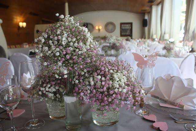 Centerpieces - Schleierkraut-Wolken in rosa und weiß - Sommerhochzeit in Bayern, Garmisch-Partenkirchen, Riessersee Hotel, Hochzeitshotel, Babies breath wedding