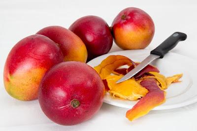 manfaat makanan mentah, efek makan sayur mentah, bahaya makan sayur mentah, sayuran mentah yang bisa dimakan, makanan mentah di jepang, jenis sayur yang bisa dimakan mentah, resep sayur mentah, jelaskan perbedaan antara minuman segar dan minuman kesehatan, buah yang dipercaya sebagai obat penyembuh penyakit demam berdarah yaitu,