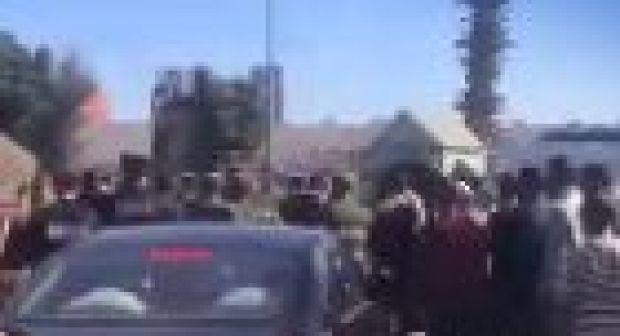 """""""الفراشة"""" يحاصرون رئيس جماعة إنزكان لأزيد من ساعة والسلطات تتدخل لتأمين مغادرته"""