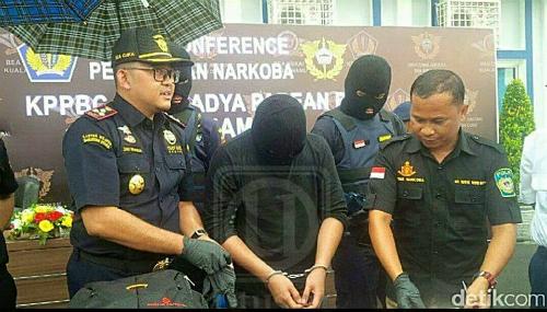 Benjy Ditahan Cuba Bawa Dadah Masuk Indonesia