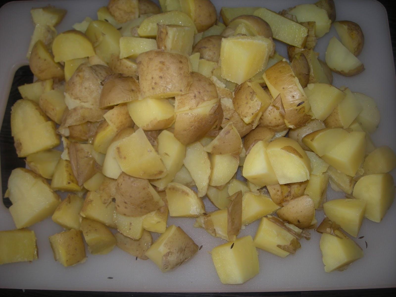 heiner kocht kartoffelpfanne mit h hnchenbrust und spinat ein essen zum drau en kochen. Black Bedroom Furniture Sets. Home Design Ideas