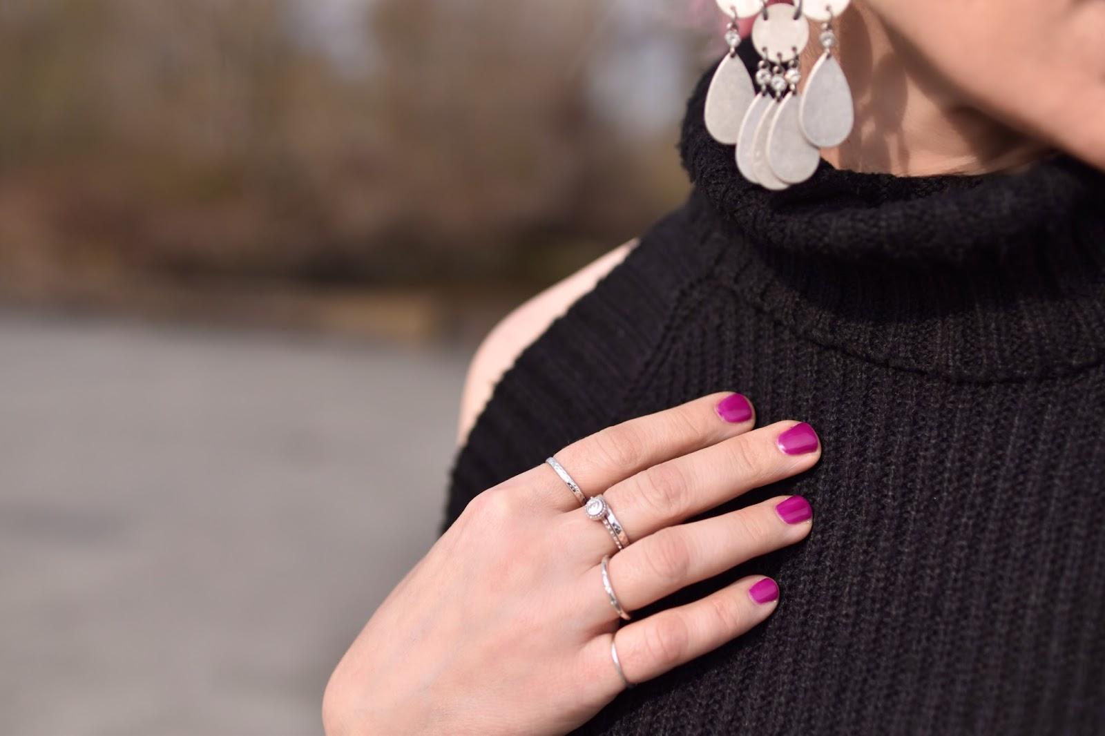 Monika Faulkner outfit inspiration - cold-shoulder sweater, chandelier earring