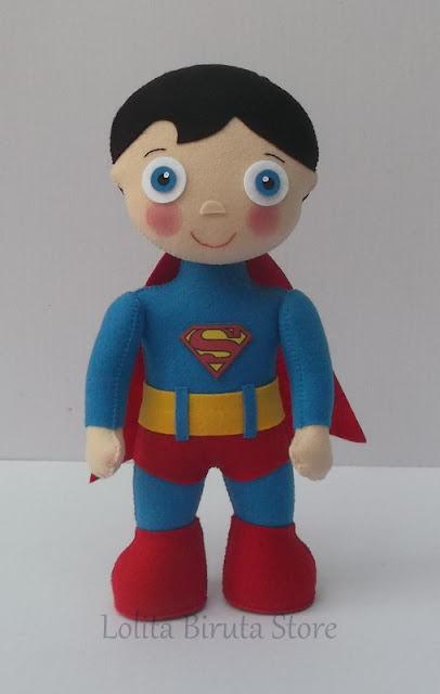 Super homem em feltro para decoração de festa infantil