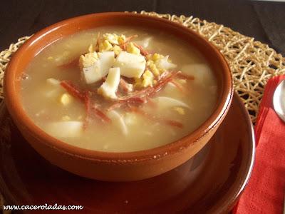 Sopa de jamón casera