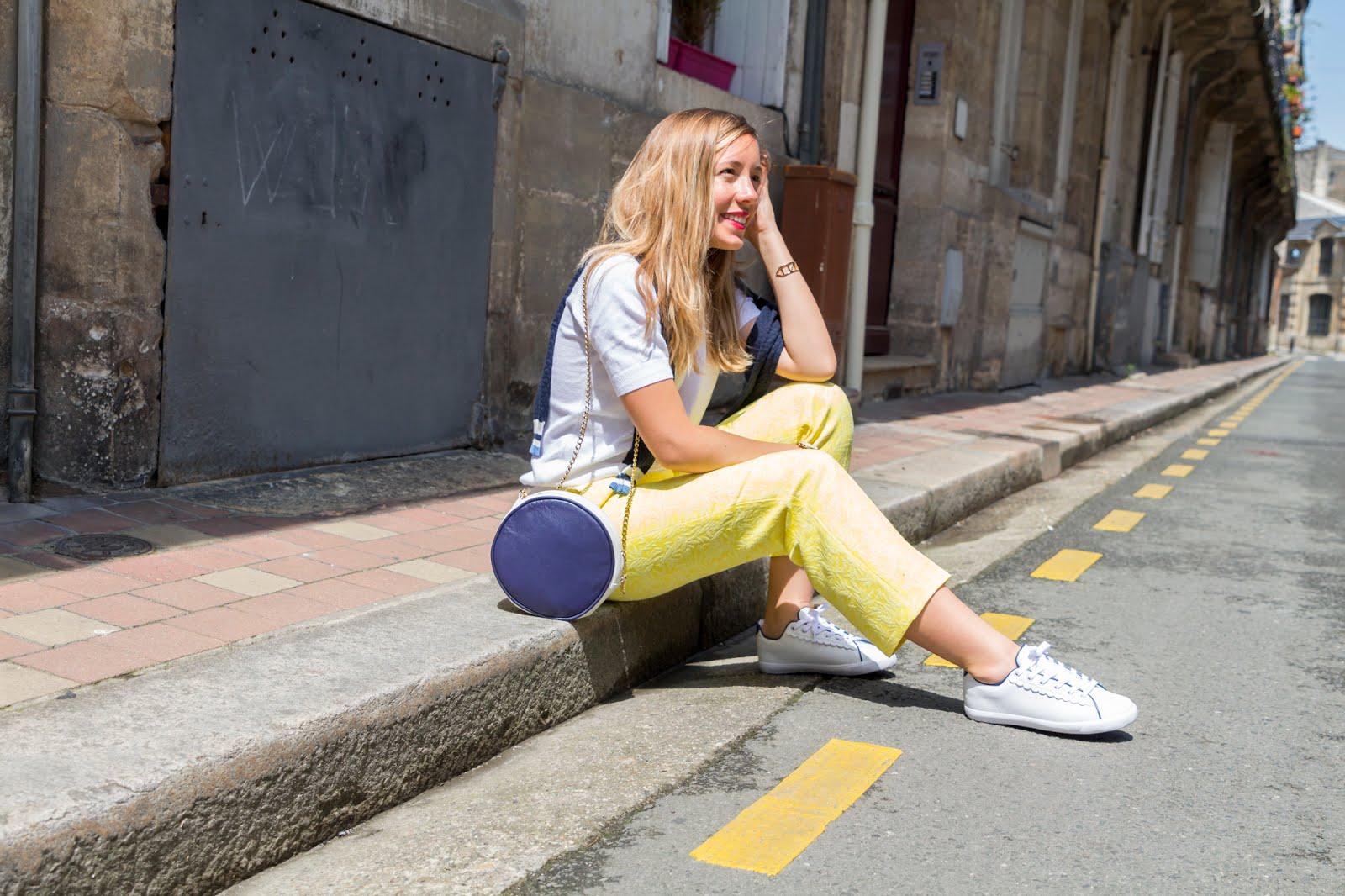 comment porter pantalon jaune