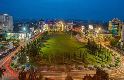 Alun-alun Simpang Lima