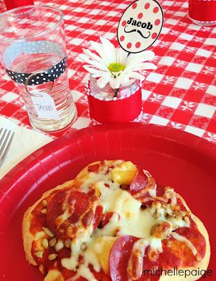 Pizza Valentine Ideas @michellepaigeblogs.com