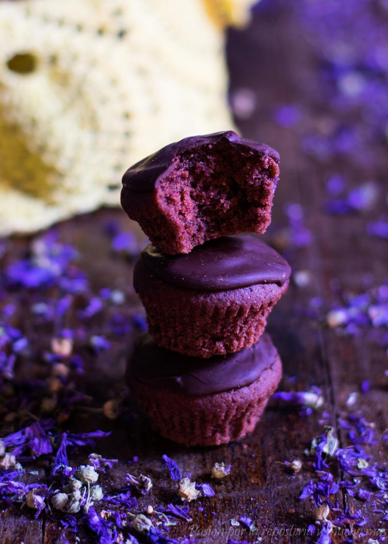 Mini magdalenas de chocolate tiernas y esponjosas