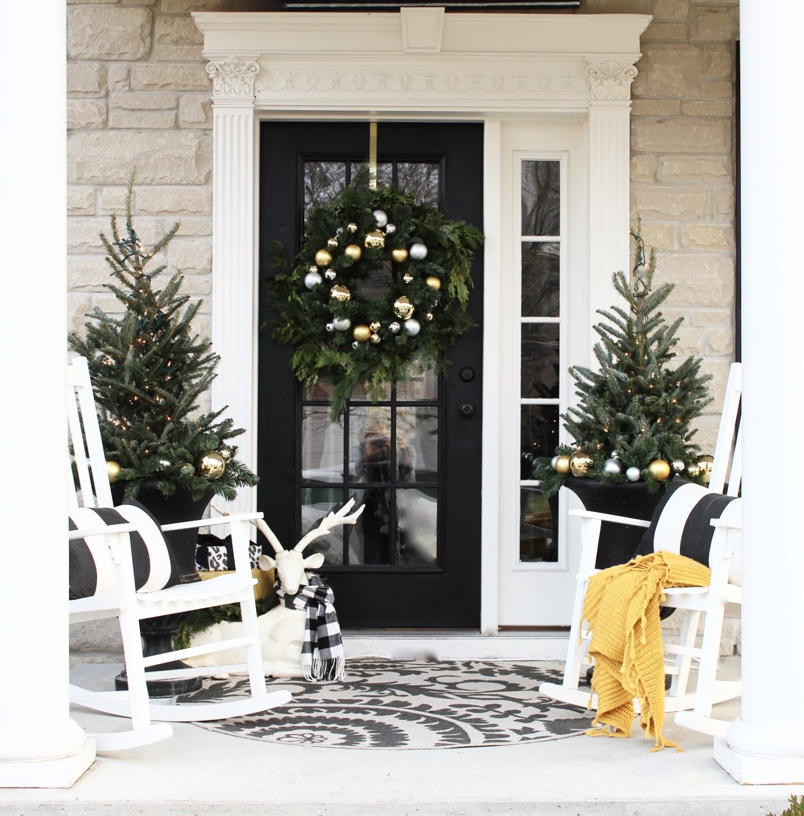 2016 holiday home tour the yellow cape cod bloglovin for Cape cod decor