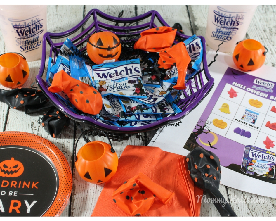 420c60eae0 Halloween Fun with the Welch's Halloween Fruit Snacks | Mommy Katie