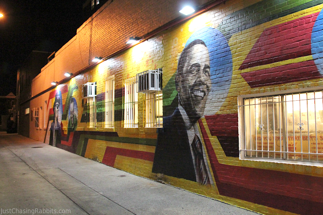 Mural outside of Ben's Chili Bowl featuring President Obama