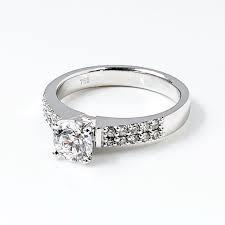cincin tunangan Watampone