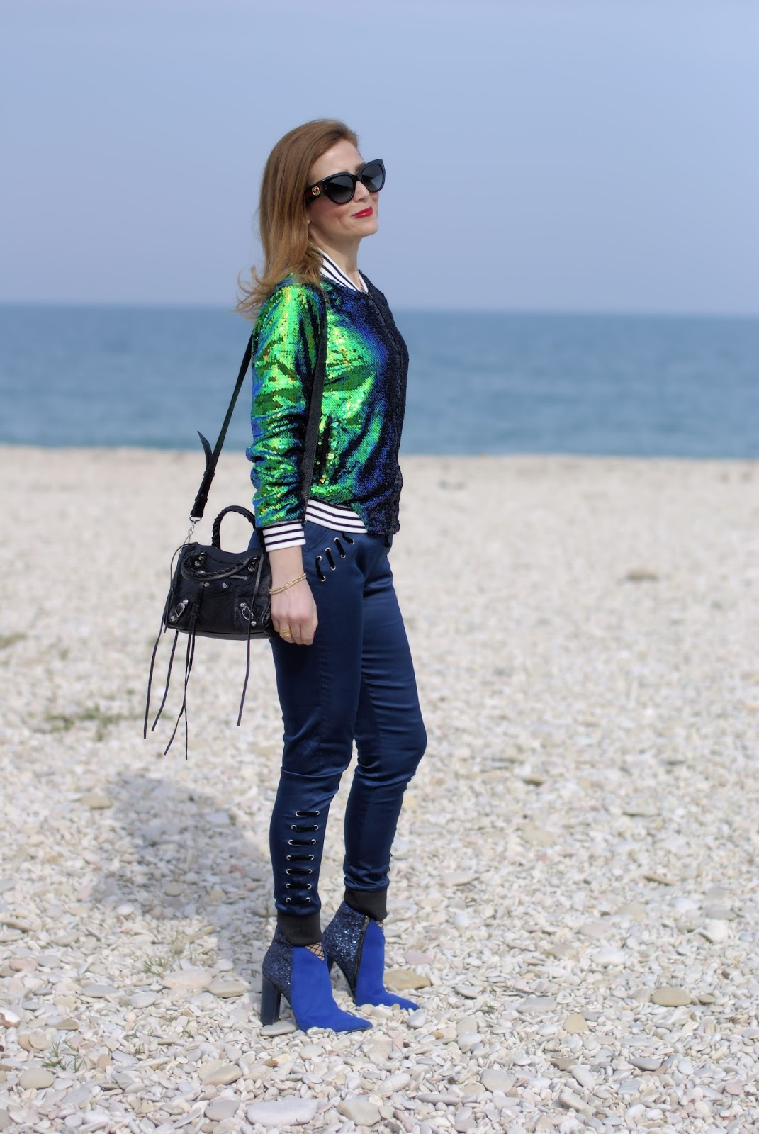 Sequins bomber jacket and Balenciaga city mini bag on Fashion and Cookies fashion blog, fashion blogger style