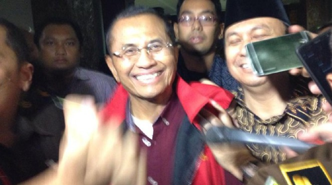BREAKING NEWS : Dahlan Iskan Ditetapkan Tersangka dan Ditahan Kejati Jatim
