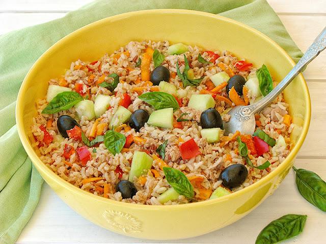 Recette bio de salade composée au riz et aux trois céréales anciennes - le carnet sur l'étagère
