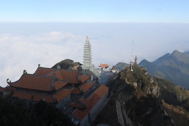 Contemplate the spiritual architectural complex at the top of Fansipan 4