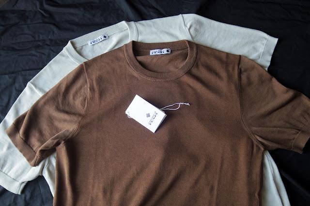 アンドレア フェンツィのニットTシャツ
