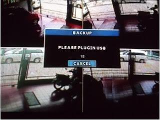 Cara Backup CCTV Avtech - 6. masukin USB Flashdisk