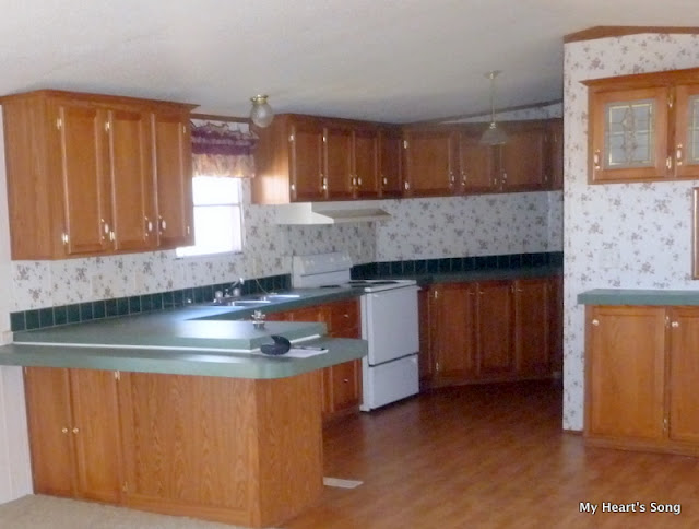Cabinets In Mfg Homes Aren T Always The Best To Learn More About Our How We Painted Them Follow This Link Q A