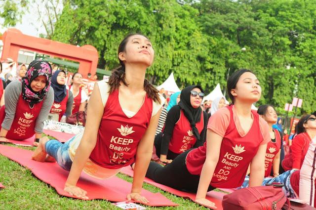 Begini Cara Perawatan Cantik dan Sehat Ala Diva Beauty Yoga